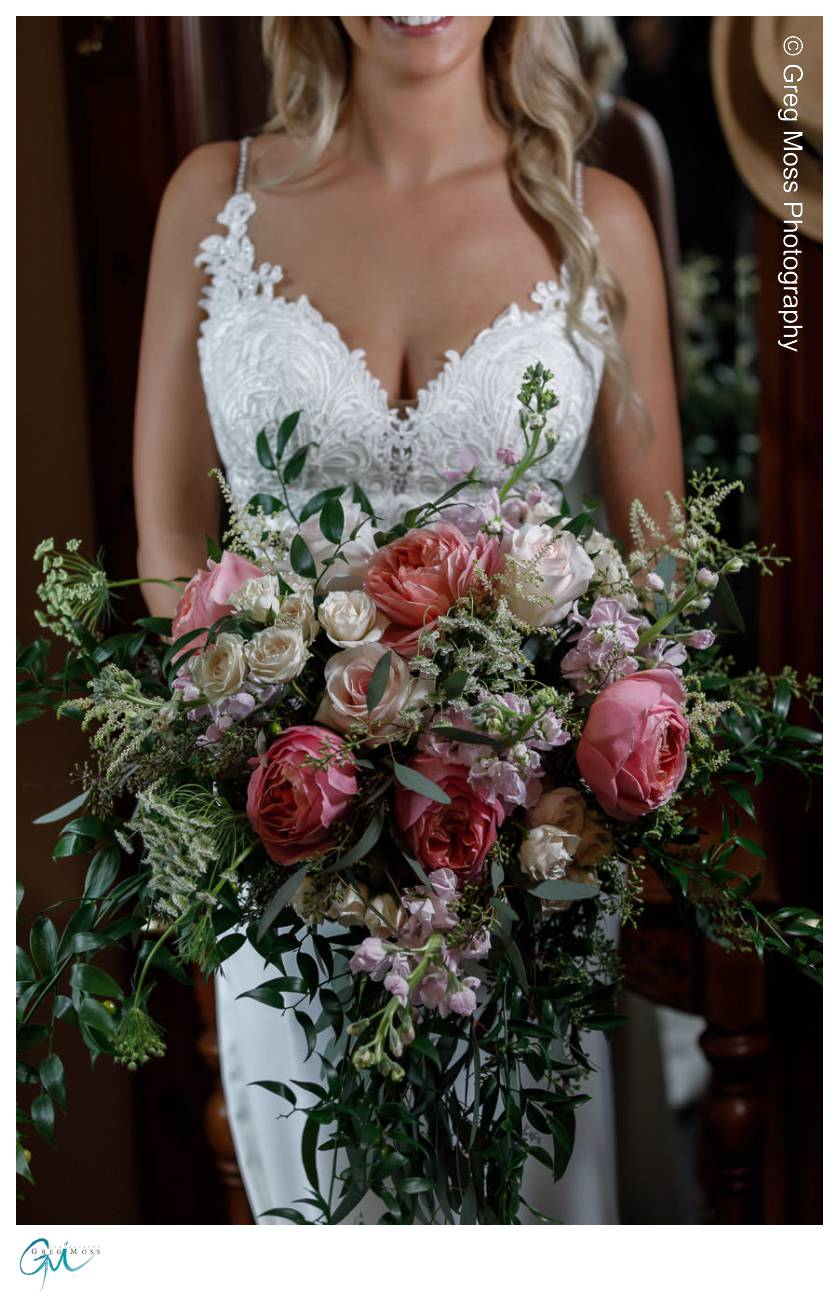 Bride with gorgeous flower bouquet