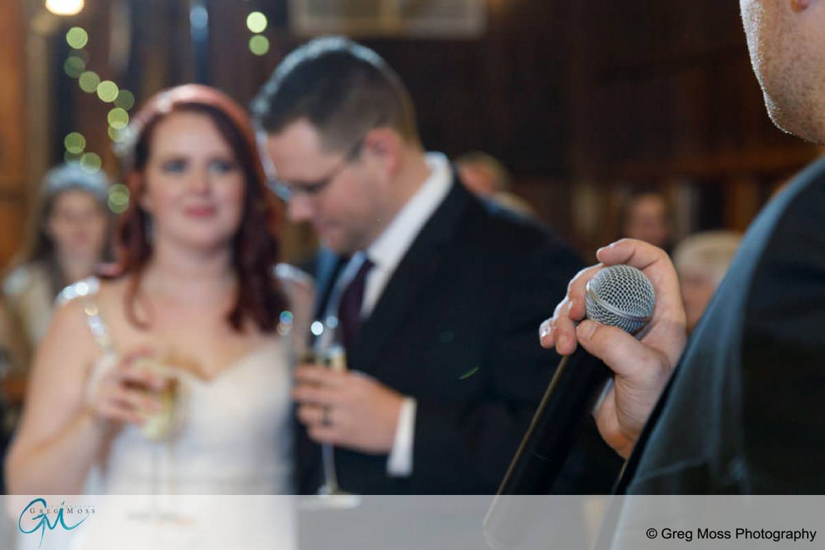 Best man speech focused on microphone