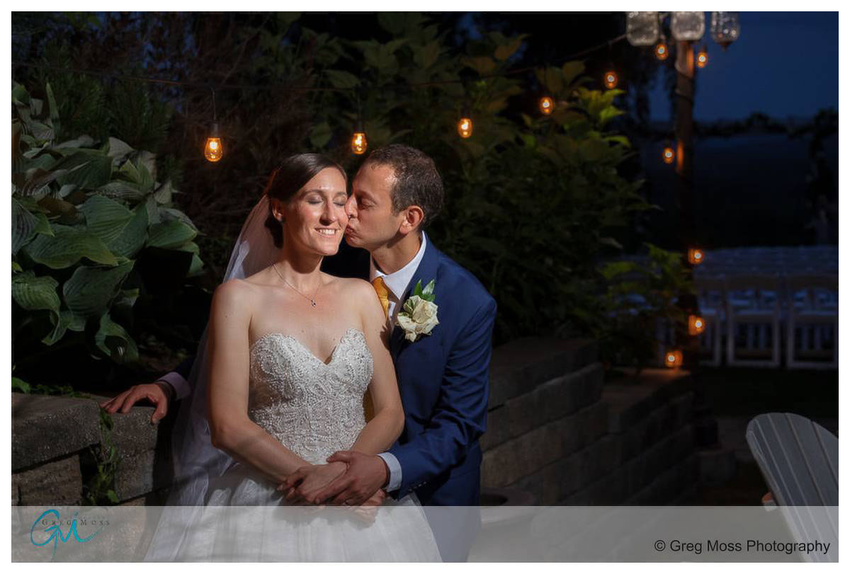 wedding couple nighttime photo