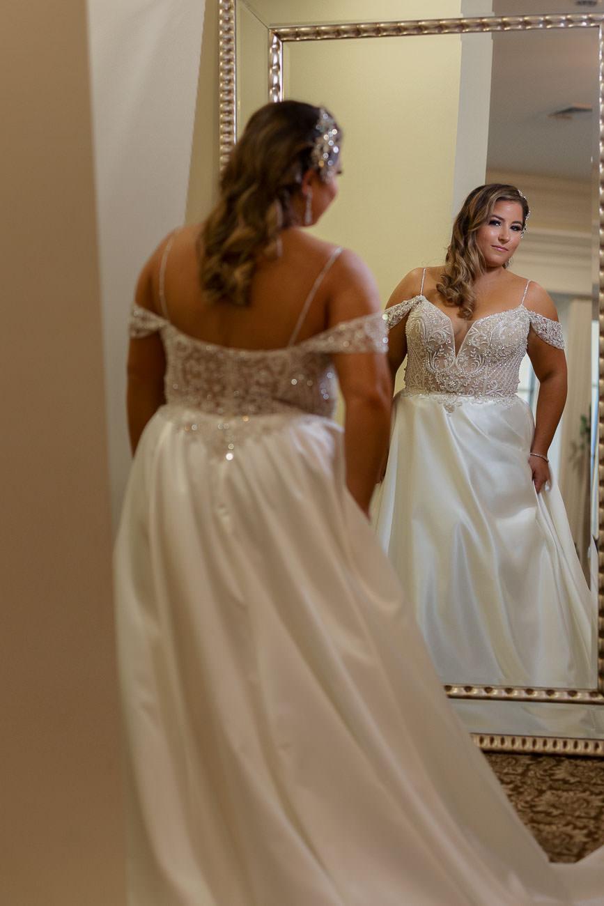 Aria bridal suite mirror portrait